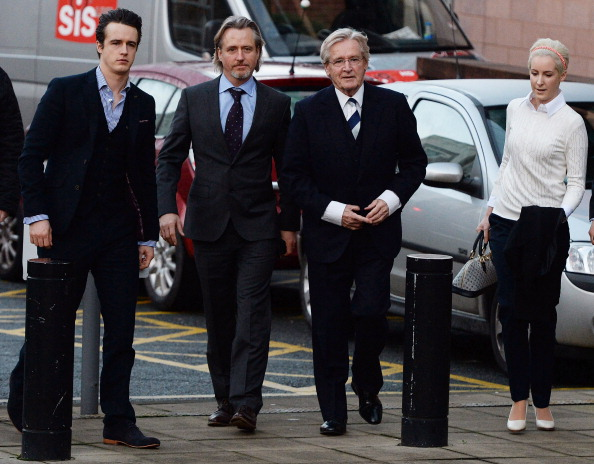 Sensuality「Coronation Street Star William Roache On Trial For Alleged Sexual Assault」:写真・画像(5)[壁紙.com]