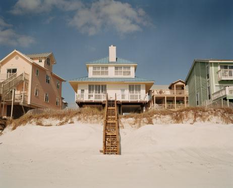 Gulf Coast States「Beachfront home exteriors」:スマホ壁紙(11)