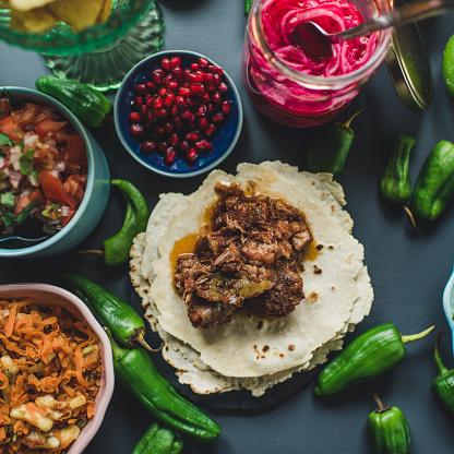 Spanish Onion「Mexican tex mex dinner food photography」:スマホ壁紙(8)
