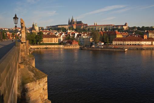 St Vitus's Cathedral「Czech Republic, Prague, Charles Bridge over Vltava River」:スマホ壁紙(16)