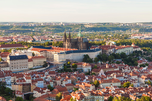 St Vitus's Cathedral「Czech Republic, Prague, Mala Strana, cityscape with Hradcany, castle and St. Vitus Church」:スマホ壁紙(13)
