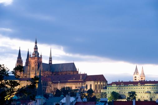 St Vitus's Cathedral「Czech Republic, Prague, St Vitus's Cathedral at dusk」:スマホ壁紙(17)