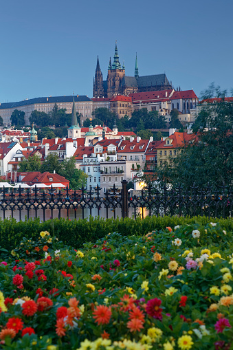 St Vitus's Cathedral「Czech Republic, Prague, Prague Castle and St. Vitus Cathedral, Vlatva river」:スマホ壁紙(11)
