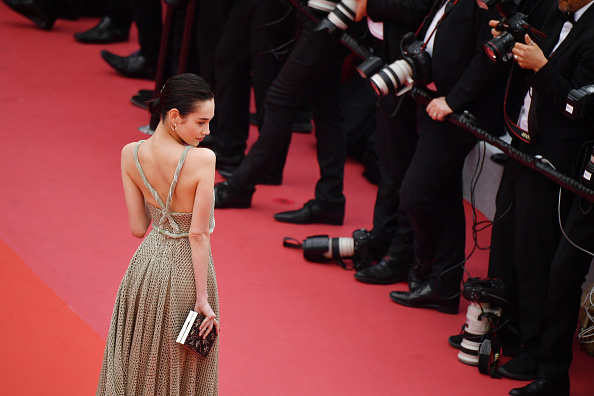 "Kiko Mizuhara「""Yomeddine"" Red Carpet Arrivals - The 71st Annual Cannes Film Festival」:写真・画像(4)[壁紙.com]"