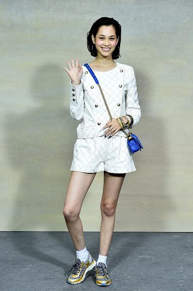 Kiko Mizuhara「Chanel : Front Row  - Paris Fashion Week Womenswear Spring/Summer 2015」:写真・画像(16)[壁紙.com]