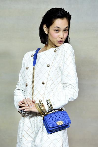 Kiko Mizuhara「Chanel : Front Row  - Paris Fashion Week Womenswear Spring/Summer 2015」:写真・画像(17)[壁紙.com]