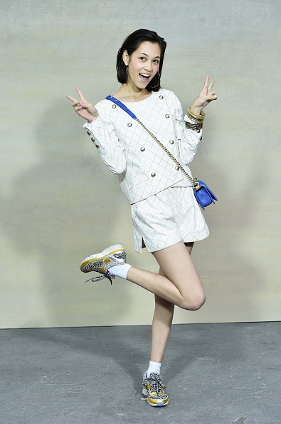 Kiko Mizuhara「Chanel : Front Row  - Paris Fashion Week Womenswear Spring/Summer 2015」:写真・画像(6)[壁紙.com]