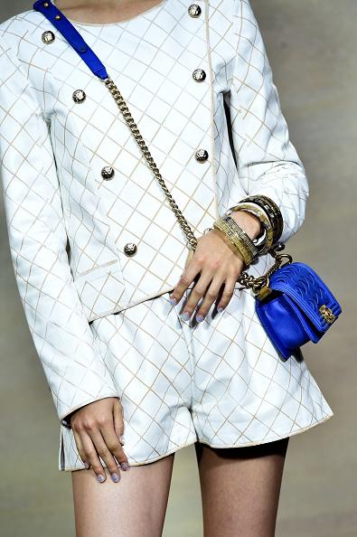 Kiko Mizuhara「Chanel : Front Row  - Paris Fashion Week Womenswear Spring/Summer 2015」:写真・画像(18)[壁紙.com]