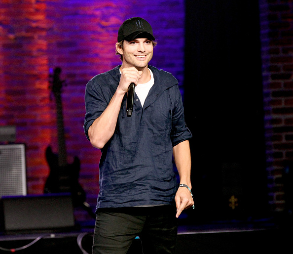 Ashton Kutcher「WeWork Presents Nashville Creator Awards at Marathon Music Works」:写真・画像(6)[壁紙.com]