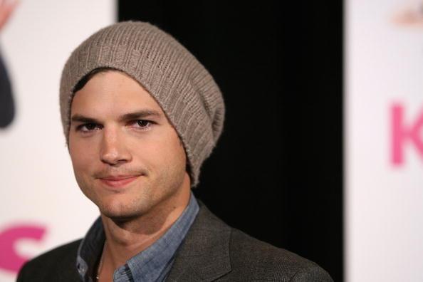 "Ashton Kutcher「""Killers"" Melbourne Premiere」:写真・画像(10)[壁紙.com]"