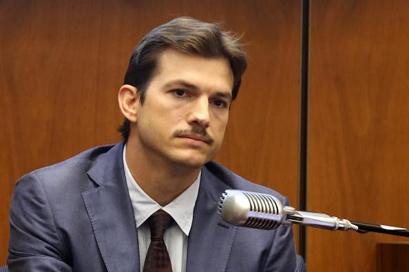 Ashton Kutcher「Ashton Kutcher Testifies In Trial Of Serial Killer Michael Gargiulo」:写真・画像(5)[壁紙.com]