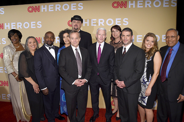 Large Group Of People「2015 CNN Heroes: An All-Star Tribute」:写真・画像(6)[壁紙.com]