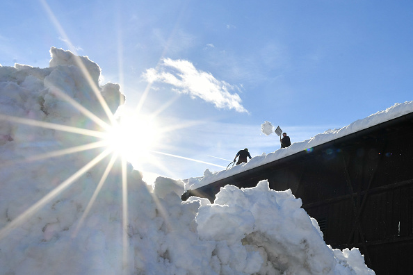 Garmisch-Partenkirchen「Austria And Southern Germany Inundated With More Snow」:写真・画像(6)[壁紙.com]