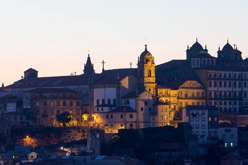 バケーション「The Ribera riverside area of Porto」:スマホ壁紙(13)
