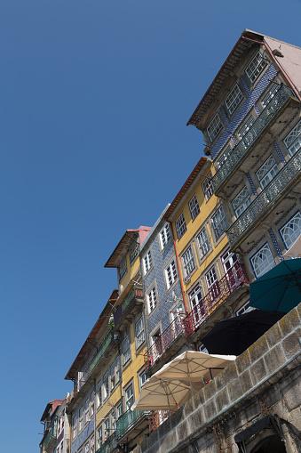 海外旅行「The Ribera riverside area of Porto」:スマホ壁紙(17)