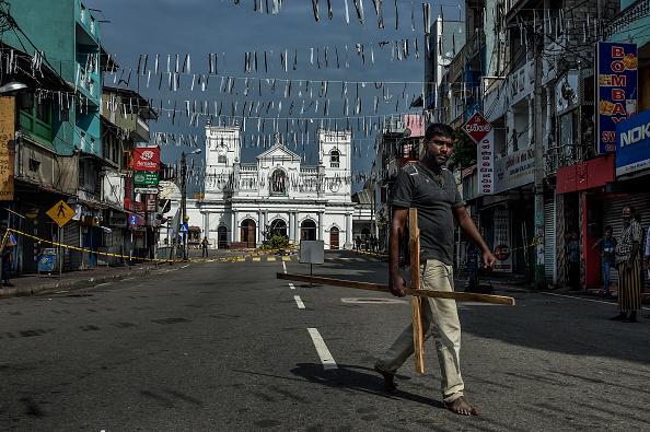Atul Loke「Sri Lanka Mourns Victims of Easter Sunday Bombings」:写真・画像(14)[壁紙.com]