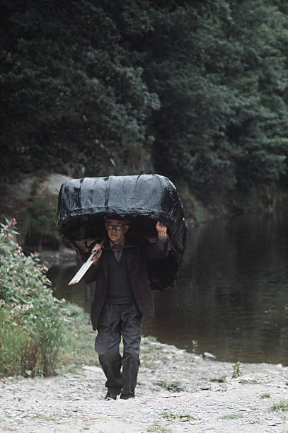 Coracle Carrying:ニュース(壁紙.com)