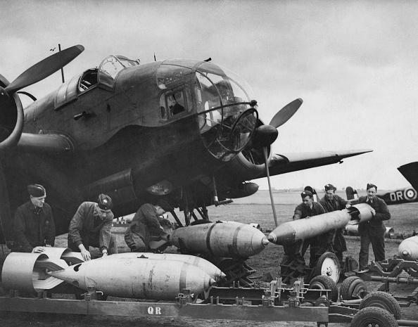 Explosive「Handley Page Hampden」:写真・画像(14)[壁紙.com]