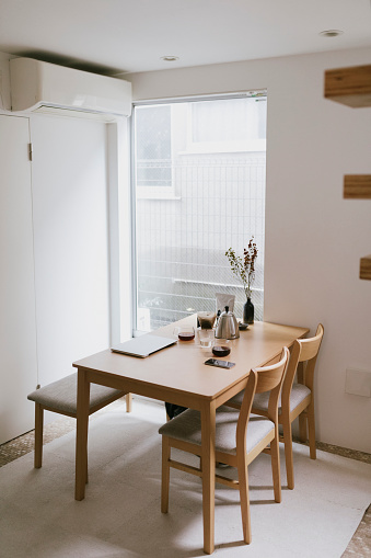 Tokyo - Japan「Minimal style empty kitchen in the morning」:スマホ壁紙(17)