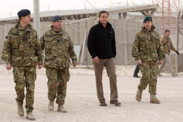 Colonel「Prime Minister David Cameron Visits Troops In Afghanistan」:写真・画像(12)[壁紙.com]