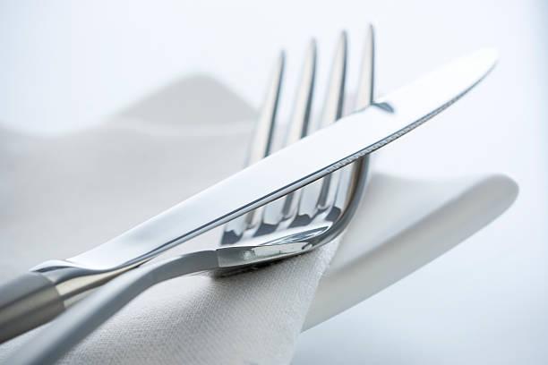 Fork and knife:スマホ壁紙(壁紙.com)