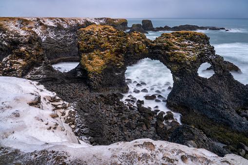 Arnarstapi「Gatklettur Arch, Snaefellsness Peninsula, Iceland」:スマホ壁紙(11)