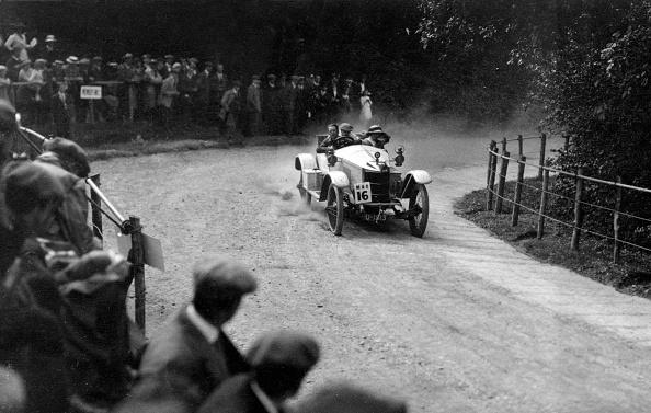 Dust「1912 Vauxhall Prince Henry at Shelsley Walsh」:写真・画像(10)[壁紙.com]
