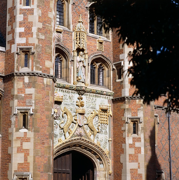 2000s Style「Great Gate of St John's College, Cambridge, Cambridgeshire, c2000s(?)」:写真・画像(10)[壁紙.com]