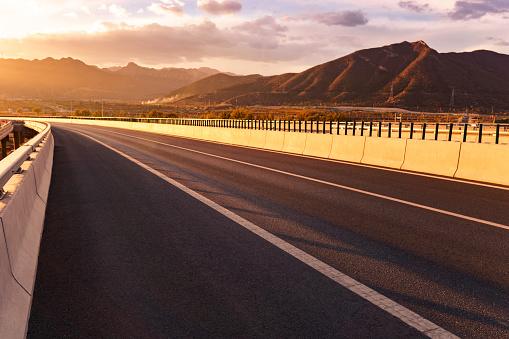 Dividing Line - Road Marking「Road」:スマホ壁紙(11)