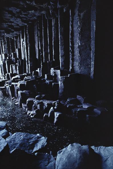 Basalt「Fingals Cave」:写真・画像(0)[壁紙.com]