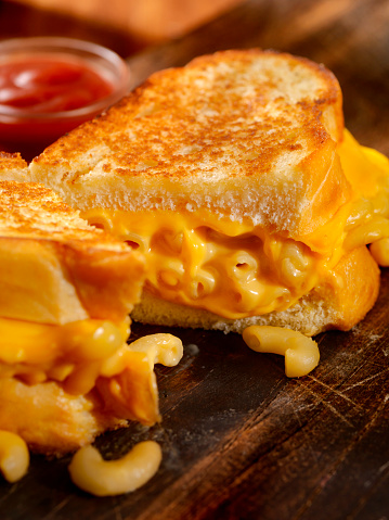 Toasted Food「Grilled Macaroni and Cheese Sandwich」:スマホ壁紙(3)