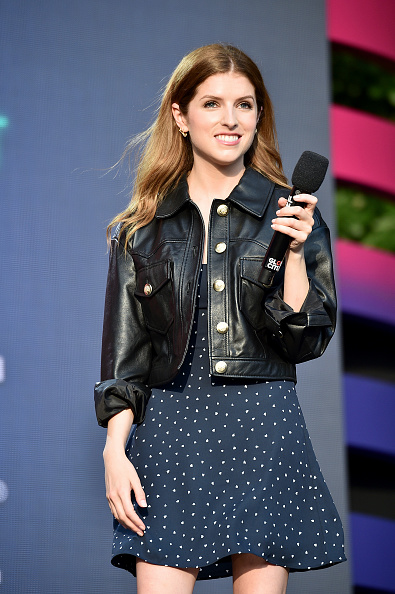 Anna Kendrick「2019 Global Citizen Festival: Power The Movement – Onstage」:写真・画像(9)[壁紙.com]