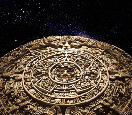 Ancient Civilization「Aztec calendar stone carving in space」:スマホ壁紙(7)
