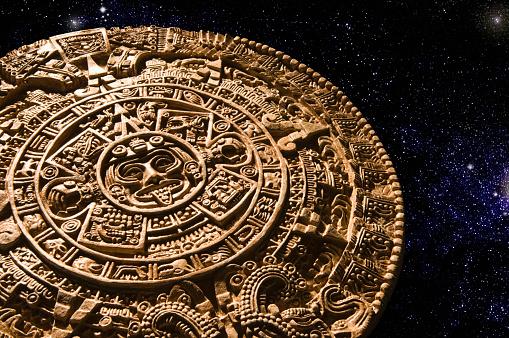 Ancient Civilization「Aztec calendar stone carving in space」:スマホ壁紙(18)