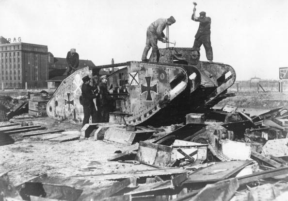 Northern European Descent「Scrapping Tank」:写真・画像(3)[壁紙.com]
