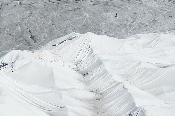 Melting「Europe's Melting Glaciers: Rhone」:写真・画像(12)[壁紙.com]