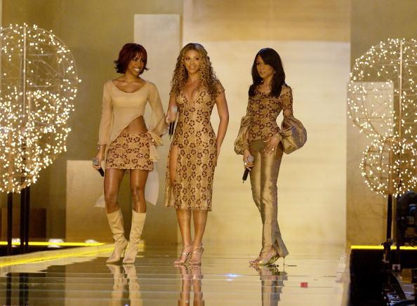 Destiny's Child「Destiny's Child At Victoria Secret Fashion Show 2002」:写真・画像(12)[壁紙.com]