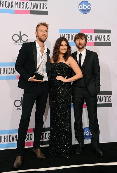 2011 American Music Awards「2011 American Music Awards - Press Room」:写真・画像(14)[壁紙.com]