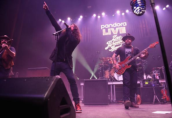 Bud「Pandora Live Zac Brown Band At Bud Light Dive Bar」:写真・画像(19)[壁紙.com]