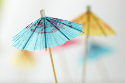 Sunshade「Cocktail umbrella, close-up」:スマホ壁紙(19)