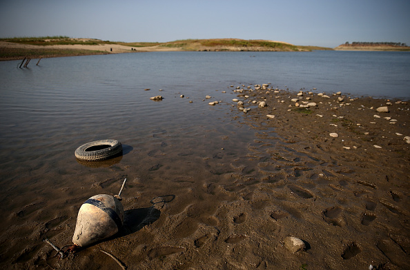 Shallow「California's Dams And Reservoirs Depleted By Extreme Drought」:写真・画像(9)[壁紙.com]