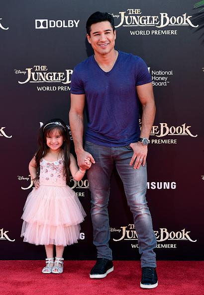 Mario Lopez「Premiere Of Disney's 'The Jungle Book' - Arrivals」:写真・画像(13)[壁紙.com]