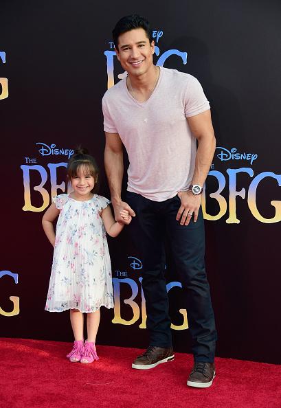 Mario Lopez「Premiere Of Disney's 'The BFG' - Arrivals」:写真・画像(1)[壁紙.com]