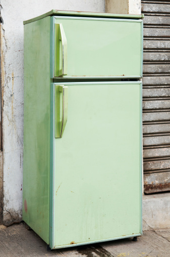 Unhygienic「A picture of a green refrigerator」:スマホ壁紙(18)