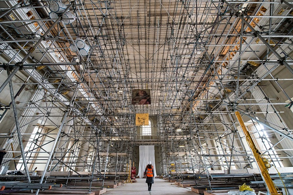 Ceiling「Renovations Begin At The Banqueting House In Whitehall」:写真・画像(3)[壁紙.com]