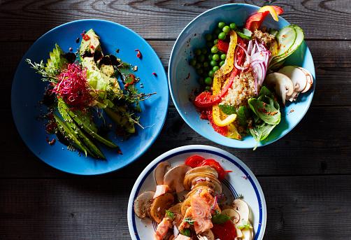 Salad「Three bowls of different salads」:スマホ壁紙(13)