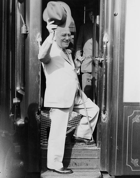 Railroad Car「Carl Laemmle Leaves The UK」:写真・画像(4)[壁紙.com]