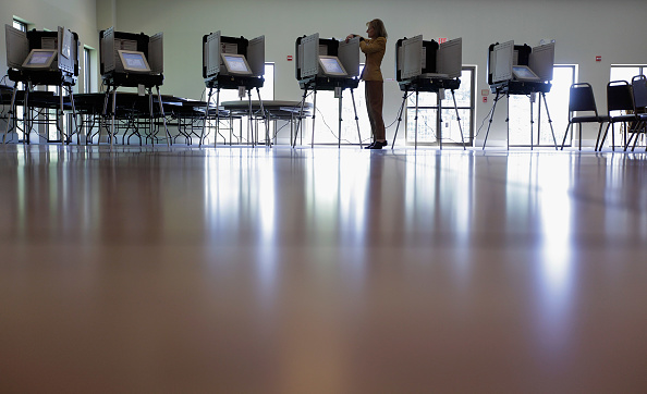 Polling Place「Maryland Voters Head To The Polls In The State's Primary」:写真・画像(15)[壁紙.com]