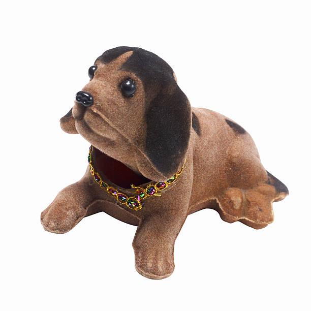 Elevated view of a ornament dog:スマホ壁紙(壁紙.com)