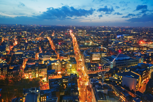 Oxford Street - London「Elevated view of Oxford Street at dusk」:スマホ壁紙(6)